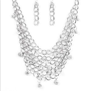 Jewelry - Fishing for compliments Silver Mesh Necklace